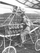 Paul Cornu na prvom vrtuľníku