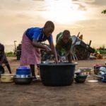 Bohatstvo, blahobyt, bieda a chudoba domácností