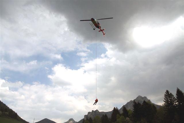Vrtuľník Bell 206 L4T TwinRanger s imatrikulačnými znakmi OM-ZIU