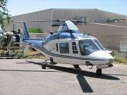 Falcon Field Airport - vrtuľník Agusta A109A Hirundo