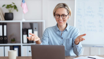 Čo treba vedieť, keď uvažujete o online učiteľovi angličtiny